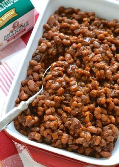 Homemade baked beans made in the slow-cooker for convenience. Very minimal prep, super easy to make Canned Baked Beans, Slow Cooker Baked Beans, Baked Beans With Bacon, Homemade Baked Beans, Slow Cooker Recipes, Crockpot Recipes, Dinner Crockpot, Cinnamon Recipes, Gf Recipes