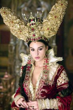 Monica Bellucci as the Mirror Queen in the movie The Brothers Grimm