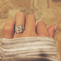 Paulina Gretzky Engaged To Dustin Johnson: See The Engagement Ring (PHOTOS)