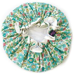 Alice Caroline Shower Cap - Liberty Betsy Turquoise (£25) ❤ liked on Polyvore featuring beauty products, bath & body products and turquoise