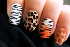 cutepolish is back again with more nail art tutorials. This time she created a series of nail art of animal print designs. There are zebra tiger leopard nails and giraffe nails. These designs would be really suitable for animal or jungle themed parties. Giraffe Nails, Tiger Nails, Leopard Print Nails, Safari Nails, Tiger Stripe Nails, Nail Art Designs, Nail Designs Pictures, Simple Nail Designs, Water Marble Nail Art