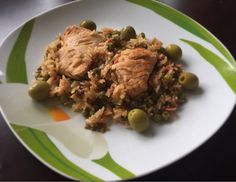 Today's dinner is a recipe I found online for Spanish chicken with rice. It is really tasty, so I had to share it with you. Hope you like it #chicken #spanishchicken #rice #peas #wine #olive #dinner #dinnertime #tasty #tastybites #tastyfood #onmytable #familydinner #lightdinner #easyrecipe #homecooking #cooking #homemade #delicious