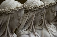 These astonishingly lifelike sculptures will take your breath away