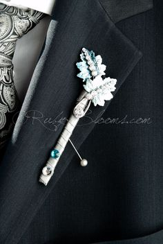 Ruby Blooms is pleased to offer you Made to Order, Unique, Elegant and Stylish Wedding Boutonniere - Designed for Groom, Best man, Prom, Ring bearer and any member of Your Special Event Party! It is e