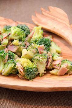 Sałatka brokułowa DIETETYCZNA