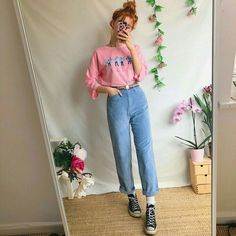 Gooorrrgous dusky baby blue vintage trousers, in the softest thick ribbed corduroy🦋✨ in a flattering high waisted mom jeans style, with straight legs and. Girly Outfits, Retro Outfits, Vintage Outfits, Cool Outfits, Casual Outfits, Vintage Fashion, Vintage Dress, Dress Outfits, 90s Fashion