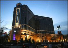 The 800 million dollar MGM Grand Detroit Resort and Casino is modern, sleek and sophisticated, and pulls in the crowds on a regular basis. The casino boasts over 90 table games, 4,000 of the latest slot machines and video poker. Most importantly, it employs UNITE HERE union members.