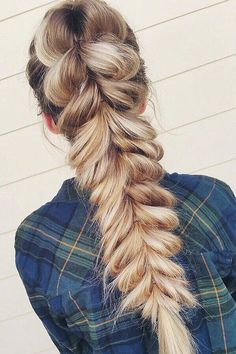 Pull-through braid on @braidsandbridal.