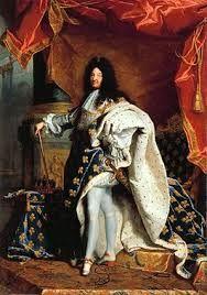 Lodewijk XIV was de kleinzoon van Hendrik IV en was de rechtmatige erfgenaam van de franse troon. Lodewijk was het voorbeeld van een absoluut vorst en leefde in het paleis in Versailles. Lodewijk schafte het edict van Nantes af waardoor Hugenoten niet meer mochten geloven wat ze zelf wilden. De hugenoten was slechts 10% van de franse bevolking maar een aantal had wel een belangrijke baan.