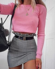 Never Failed Chic Lange Ärmel und Minirock Outfits Ideas 19 - Freizeitkleidung 2019 Edgy Outfits, Mode Outfits, Skirt Outfits, Mean Girls Outfits, Simple Outfits, Baddies Outfits, Grunge Outfits, School Outfits, Classy Outfits