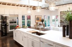 Once it was all about stainless steel, today it's about bright white. | HouseLogic