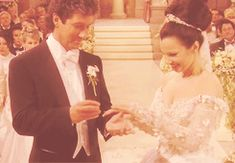 Maxwell and Fran Fine... finally wed... in The Nanny
