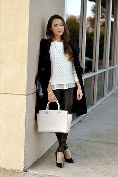 Jessica of HapaTime with Michael Kors Selma bag. December 2014