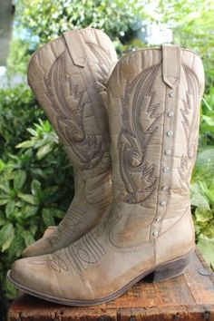 Coconuts-Western-Boots-Brown-Vegan-Leather-Rhinestones-8-5