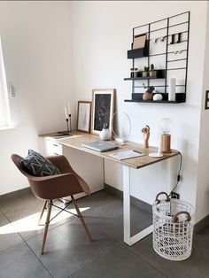 Home Office Setup, Home Office Space, Office Wall Decor, Home Office Design, Office Desk, Ikea Work Desk, Bedroom With Office, Study Room Decor, Room Ideas Bedroom