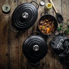 Le Creuset Signature Ronde Braad- en Stoofpan Ø 26 cm I Love Food, Good Food, Yummy Food, Le Creuset, Cookies And Cream, Kitchen Hacks, Kitchen Things, Great Recipes, Sweet Home