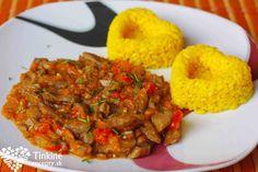 Hlivový paprikáš s kurkumovou ryžou - Powered by Ratatouille, Tandoori Chicken, Vegetable Recipes, Risotto, Stuffed Mushrooms, Health Fitness, Snacks, Meat, Vegetables