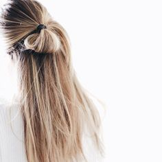 Hair hair styles hair color hair cuts hair color ideas for brunettes hair color ideas My Hairstyle, Messy Hairstyles, Pretty Hairstyles, Amazing Hairstyles, Spring Hairstyles, Straight Hairstyles, Hair Inspo, Hair Inspiration, Fashion Inspiration