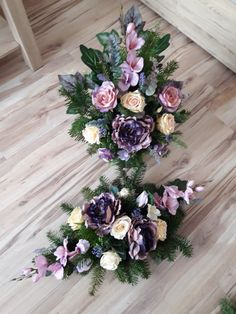 Grave Flowers, Funeral Flowers, Wedding Flowers, Flower Decorations, Christmas Decorations, Large Floral Arrangements, Funeral Arrangements, Black Flowers, Ikebana