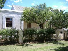 Stormsvlei Riverside Cottages, Bonnievale, Western Cape on Budget-Getaways Holiday Destinations, Travel Destinations, Riverside Cottage, African House, Cottages And Bungalows, Weekends Away, Modern Buildings, Weekend Getaways, Places To See
