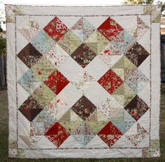 Granny's Quilt in Glace by 3 Sisters #CorasQuilts