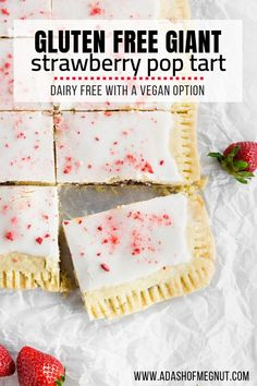 Gluten Free Giant Strawberry Pop Tart If you're a pop tart lover then you have to try this gluten free and dairy free giant strawberry pop tart! It's as delicious as it looks with a flaky gluten free pastry, a luscious strawberry filling and a sweet glaze Cookies Sans Gluten, Dessert Sans Gluten, Bon Dessert, Gluten Free Pastry, Gluten Free Sweets, Strawberry Recipes Gluten Free, Gluten Free Baking Recipes, Wheat Free Recipes, Cooking Recipes