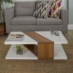Coffee table design over is a very admirable and modern layouts. Hope you get the idea or ideas for your modern coffee table. Coffee Table Design, Coffee Table Styling, Cool Coffee Tables, Coffe Table, Modern Coffee Tables, Simple Coffee Table, Centre Table Living Room, Center Table, Table Furniture