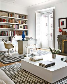 40 Lovely Apartments Design Ideas That Suitable For New Family - There is an enormous difference between living and surviving, and renting luxury apartments constitutes nothing less than living. Contemporary Apartment, Contemporary Interior, Living Room Decor, Living Spaces, Lovely Apartments, Luxury Apartments, Apartment Interior Design, Madrid, Family Room