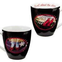 All About The Shoes Wizard of Oz Mug Love this cup! Wizard Of Oz Collectibles, Wizard Of Oz Movie, Coffee Cups, Tea Cups, Geek Gadgets, Yellow Brick Road, My Tea, Over The Rainbow, Mug Shots