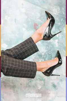 ¿No sabes qué #zapatos ponerte? Te damos ideas según tu #personalidad para estas #Navidades. Dorothy Parker, Tennisschuhe Outfit, Stiletto Heels, High Heels, Moda Vintage, Footwear, Beautiful, Beauty, Style Fashion