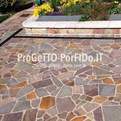 mosaico di porfido piazza