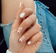 54 the brightest spring 2020 nail trends that are so popular right now ecemella 41 Stylish Nails, Trendy Nails, Diy Nails, Swag Nails, Short Nail Manicure, Gel Manicure Nails, Shellac, Manicures, Nail Polish
