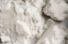 Így készíts szódabikarbóna-kézfürdőt, ha hófehér körmöket szeretnél