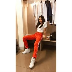 Nadine Lustre Ootd, Nadine Lustre Fashion, Nadine Lustre Outfits, Lady Luster, Filipina Actress, Jadine, Street Style, Korean Outfits, My Outfit
