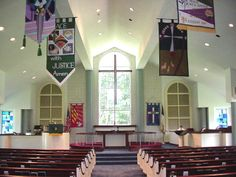 options for banners in church?....Google Image Result for http://www.fumceunice.org/resources/Sanctuary%242C%2BAldersgate%2BUMC%242C%2BDurham%242C%2BNC.jpg