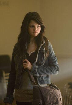 Selena Gomez playing a girl named Mary Santiago in Another Cinderella Story. Cinderella Story Selena Gomez, Cinderella Story Movies, Another Cinderella Story, Alex Russo, Princess Protection Program, Selena And Taylor, Selena Gomez Pictures, Marie Gomez, Role Models