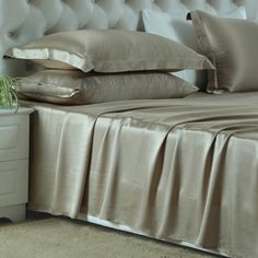 Taupe, #silk #sheet with the best pure silk, a soft comfortable and luxury sense enjoyed; adjust to your temperature, defend against dust mites  From https://www.oosilk.com/us/silk-flat-sheets-c.html