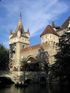 Vajdahunyad Castle, Budapest, Hungary was built between 1896 and 1908 as part of the Millennial Exhibition to celebrate 1000 years since the Hungarian Conquest of the Carpathian Basin in Vila Medieval, Medieval Castle, Beautiful Castles, Beautiful Places, The Places Youll Go, Places To Visit, Hungary Travel, Château Fort, Palaces