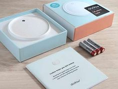 Dodow is a light-based metronome designed to quickly lull you to sleep. Simply breathe along with the soft blue glow on your ceiling. Sleep Help, Good Sleep, Sleep Better, How To Sleep Faster, How To Get Sleep, Ways To Fall Asleep, Sound Science, Rhythmic Pattern, Focus Your Mind