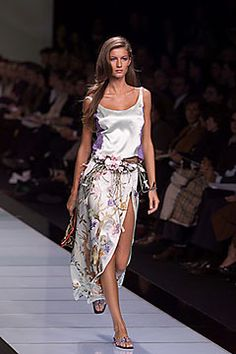 Valentino   Spring 2000 Ready-to-Wear Collection   Style.com