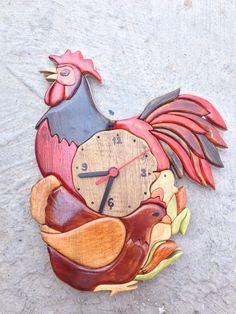İntarsia clock
