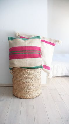 Moroccan Kilim pillow cover - Stripes de lacasadecoto en Etsy
