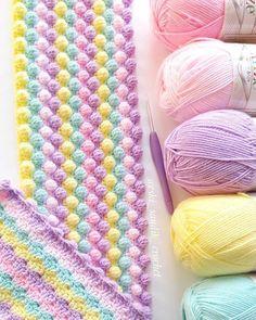 Crochet Knitted Baby Blanket Making Crochet Afghans, Crochet Blanket Patterns, Baby Blanket Crochet, Baby Knitting Patterns, Crochet Stitches, Free Crochet, Knit Crochet, Knitting Projects, Crochet Projects