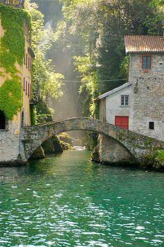 Nesso, Itália, no Lago de Como