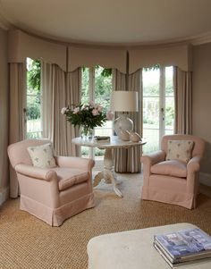 Country Living Room Corner with shaped cornices & draperies in a bay window treatment. Design by? Please let me know if this is your design. Corner Window Treatments, Custom Window Treatments, Window Coverings, Best Interior, Interior Design, Interior Ideas, Pinterest Home, Curtain Styles, Custom Curtains