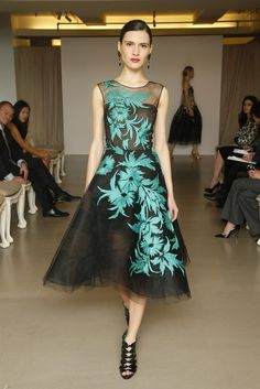 Oscar de la Renta Pre-Fall 2015 [Photo by John Aquino]