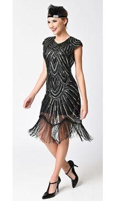 1920s Style Black & Silver Sequin Mesh Cap Sleeve Fringe Flapper Dress