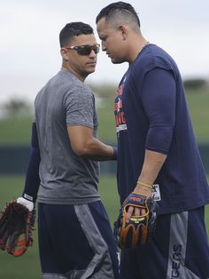 Jose Iglesias and Miguel Cabrera Spring Training 2015 Detroit Sports, Detroit Tigers Baseball, Tiger Love, Fantasy Baseball, Sports Personality, Baseball Pants, Detroit Pistons, Detroit Red Wings, Baseball Players
