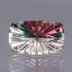 5.13-Carat Oregon Sunstone Gemstone   John Dyer/Precious Gemstones Co. Catalog