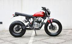 """Yamaha Scorpio """"The Red Tracker"""" TW200 custom by Studio Motor"""